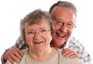 Happy-old-couple (4)