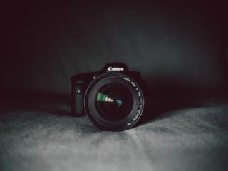 Aperture-black-blur-camera-274973